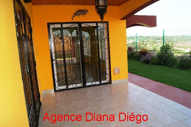En location villa Diégo-Suarez www.diego-suarez-immobilier.com
