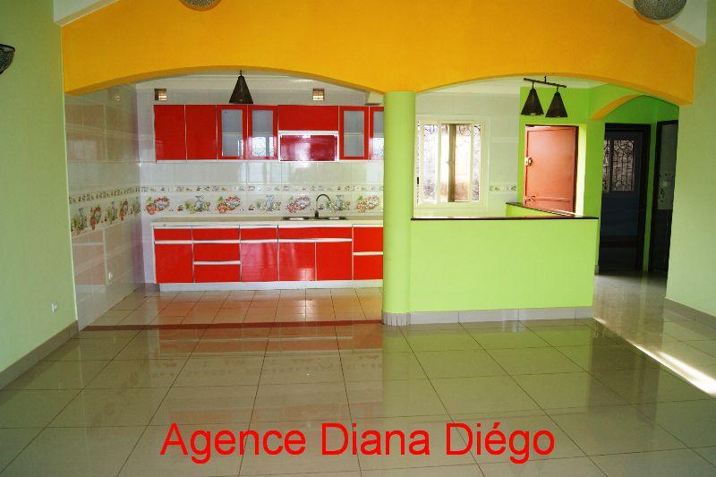En location belle villa Diégo-Suarez Madagascar www.diego-suarez-immobilier.com