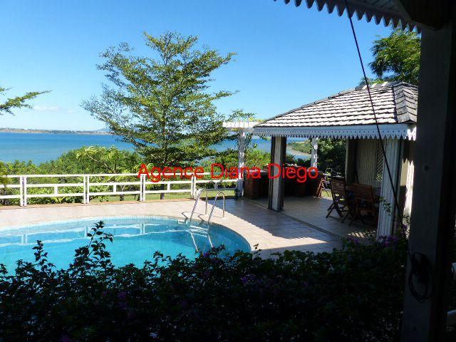 www.diego-suarez-immobilier.com vue mer et piscine villa Créole en vente Antsiranana