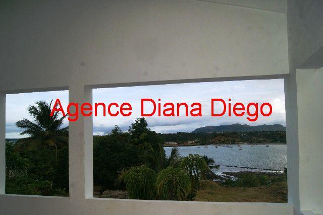 www.diego-suarez-immobilier.com appartement en location centre ville Diego-Suarez terrasse vue mer