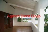 www.diego-suarez-immobilier.com appartement en location centre villae terrasse vue mer Diego-Suarez