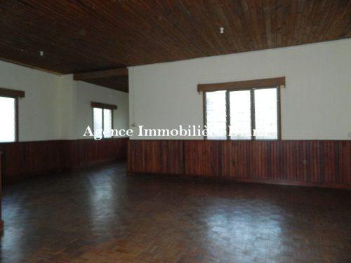 Location appartement vide plein centre-ville Diego-Suarez