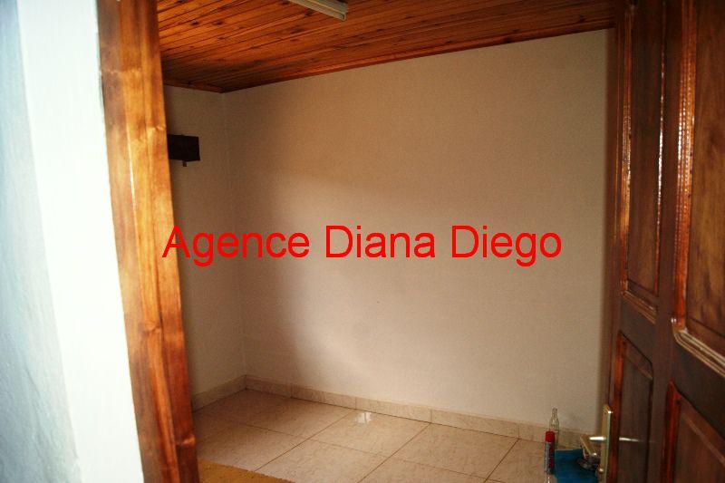 location-grande-maison-neuve-quartier-scama-diego-suarez