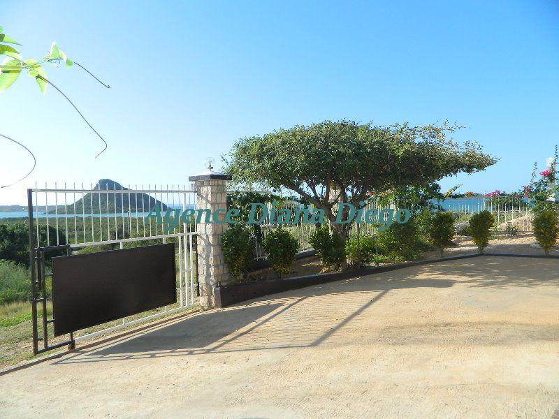 Location belle villa sécurisée avec vue mer Avenir 21-