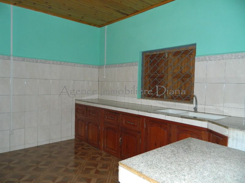location-villa-vide-trois-chambres-10-minutes-centre-diego