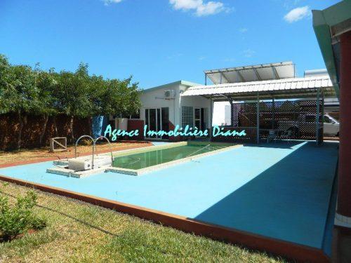 Vente belle villa neuve piscine quartier scama diego for Piscine quartier chine