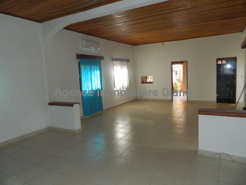 location-villa-semi-meublee-universite-diego-suarez